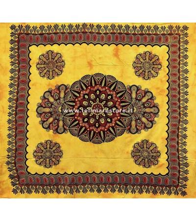Copritutto Grande Crochet Giallo